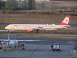ヒロリンさんが、ウィーン国際空港で撮影したオーストリア航空 A321-111の航空フォト(写真)