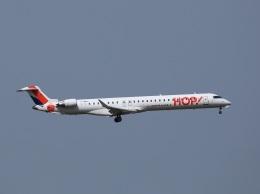 garrettさんが、トゥールーズ・ブラニャック空港で撮影したエールフランス・オップ! CL-600-2E25 Regional Jet CRJ-1000の航空フォト(飛行機 写真・画像)