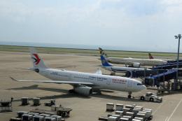 Wasawasa-isaoさんが、中部国際空港で撮影した中国東方航空 A330-243の航空フォト(飛行機 写真・画像)