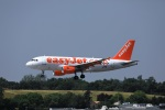 garrettさんが、トゥールーズ・ブラニャック空港で撮影したイージージェット・ヨーロッパ A319-111の航空フォト(飛行機 写真・画像)