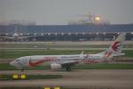 JA8037さんが、上海浦東国際空港で撮影した中国東方航空 737-89Pの航空フォト(飛行機 写真・画像)
