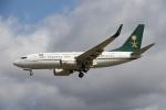 さんみさんが、ロンドン・ヒースロー空港で撮影したサウジアラビア財務省 737-7FGの航空フォト(写真)