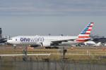 kuro2059さんが、成田国際空港で撮影したアメリカン航空 777-223/ERの航空フォト(写真)