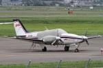 Hariboさんが、札幌飛行場で撮影したジェイピーエー 58 Baronの航空フォト(写真)