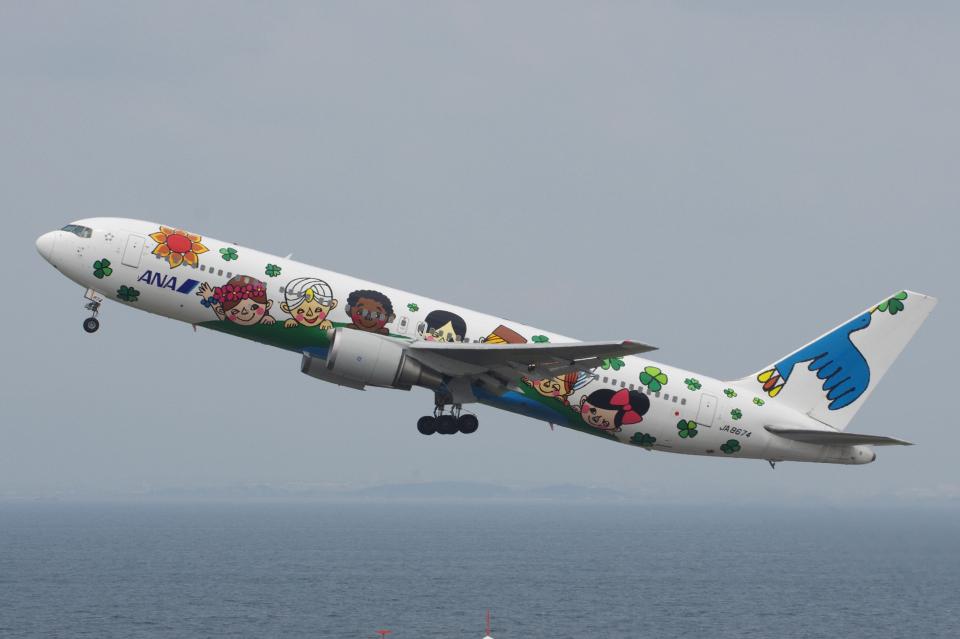 yabyanさんの全日空 Boeing 767-300 (JA8674) 航空フォト