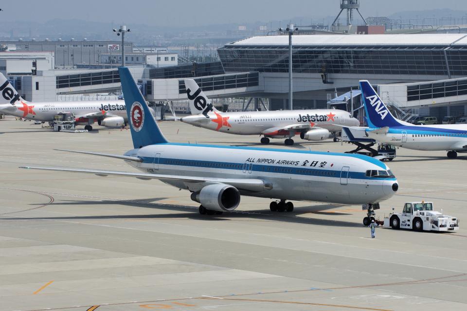 yabyanさんの全日空 Boeing 767-300 (JA602A) 航空フォト