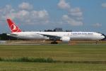 tassさんが、成田国際空港で撮影したターキッシュ・エアラインズ 777-3F2/ERの航空フォト(写真)