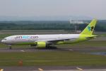 セブンさんが、新千歳空港で撮影したジンエアー 777-2B5/ERの航空フォト(飛行機 写真・画像)