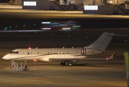 VIPERさんが、羽田空港で撮影したMNGジェット BD-700-1A10 Global 6000の航空フォト(飛行機 写真・画像)