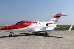 Hariboさんが、神戸空港で撮影したホンダ・エアクラフト・カンパニー HA-420の航空フォト(写真)