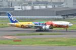 Tango-4さんが、羽田空港で撮影した全日空 777-281/ERの航空フォト(写真)
