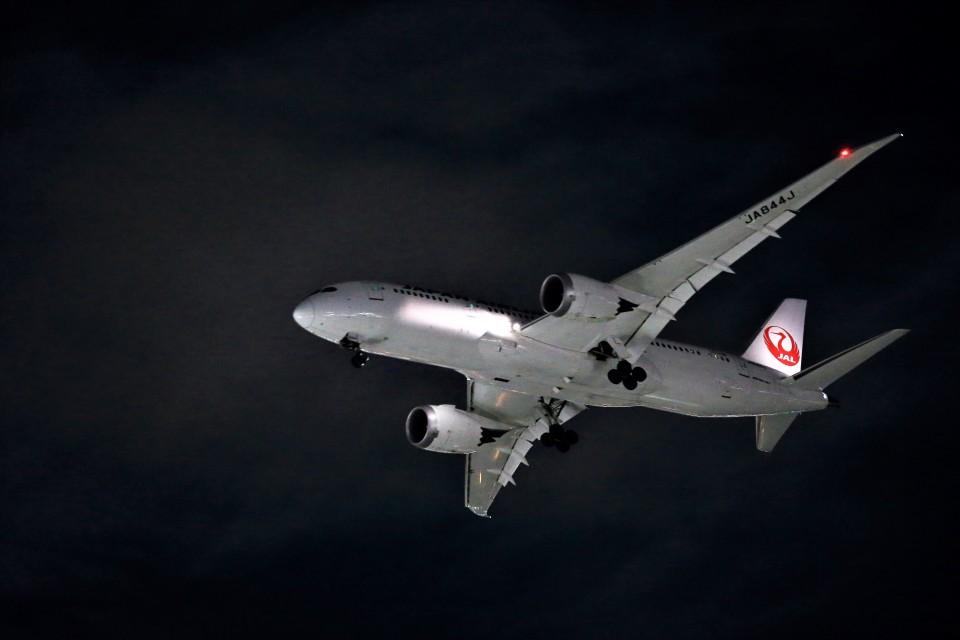 T.Sazenさんの日本航空 Boeing 787-8 Dreamliner (JA844J) 航空フォト