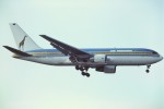 tassさんが、ロンドン・ガトウィック空港で撮影したエア・タンザニア 767-260/ERの航空フォト(写真)