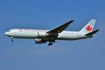 islandsさんが、成田国際空港で撮影したエア・カナダ 767-375/ERの航空フォト(写真)