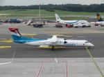 た~きゅんさんが、ハンブルク空港で撮影したルクスエア DHC-8-402Q Dash 8の航空フォト(飛行機 写真・画像)