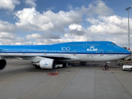 Harry Lennonさんが、アムステルダム・スキポール国際空港で撮影したKLMオランダ航空 747-406Mの航空フォト(飛行機 写真・画像)