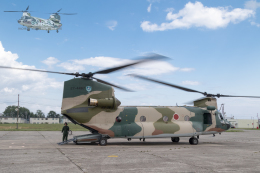 うみBOSEさんが、八雲分屯基地で撮影した航空自衛隊 CH-47J/LRの航空フォト(飛行機 写真・画像)