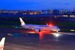 門ミフさんが、羽田空港で撮影した日本航空 A350-941XWBの航空フォト(写真)