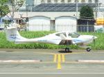 otromarkさんが、八尾空港で撮影した日本法人所有 DA40 NG Diamond Starの航空フォト(写真)