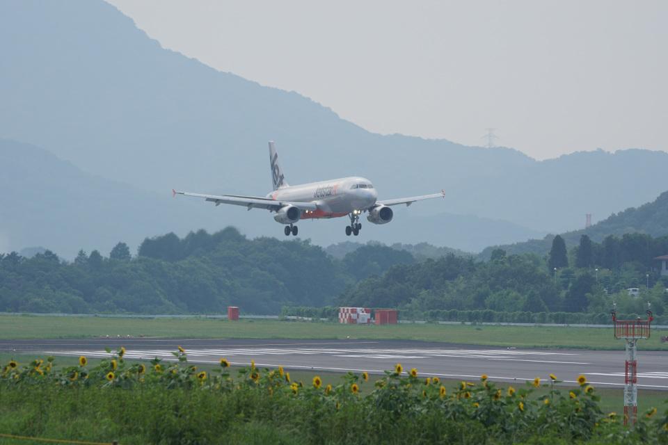 神宮寺ももさんのジェットスター・ジャパン Airbus A320 (JA01JJ) 航空フォト