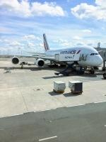 るかりおさんが、パリ シャルル・ド・ゴール国際空港で撮影したエールフランス航空 A380-861の航空フォト(写真)