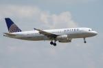 zettaishinさんが、ダラス・フォートワース国際空港で撮影したユナイテッド航空 A320-232の航空フォト(飛行機 写真・画像)