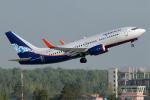 BOSTONさんが、ムルマンスク空港で撮影したノルダヴィア 737-752の航空フォト(飛行機 写真・画像)