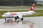 BTYUTAさんが、チューリッヒ空港で撮影したスイス航空 BD-500-1A10 CSeries CS100の航空フォト(写真)
