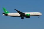ぼんやりしまちゃんさんが、ドモジェドヴォ空港で撮影したトルクメニスタン航空 777-22K/LRの航空フォト(写真)