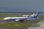 we love kixさんが、関西国際空港で撮影した全日空 777-281/ERの航空フォト(飛行機 写真・画像)