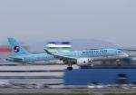 mocohide☆さんが、福岡空港で撮影した大韓航空 A220-300 (BD-500-1A11)の航空フォト(写真)