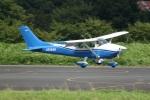 KeBongoさんが、調布飛行場で撮影した日本個人所有 182R Skylane IIの航空フォト(写真)