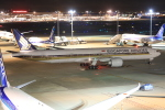 みるぽんたさんが、羽田空港で撮影したシンガポール航空 777-312/ERの航空フォト(写真)