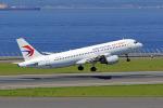 ちゃぽんさんが、中部国際空港で撮影した中国東方航空 A320-214の航空フォト(飛行機 写真・画像)