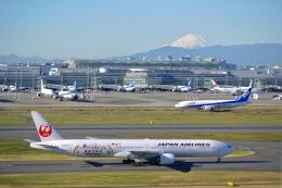 flying_horseさんが、羽田空港で撮影した日本航空 777-346の航空フォト(飛行機 写真・画像)