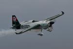 betaさんが、千葉県立幕張海浜公園で撮影したカナダ企業所有 Edge 540 V3の航空フォト(飛行機 写真・画像)