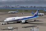 KAZFLYERさんが、羽田空港で撮影した全日空 777-281/ERの航空フォト(写真)