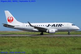 Chofu Spotter Ariaさんが、新潟空港で撮影したジェイ・エア ERJ-170-100 (ERJ-170STD)の航空フォト(飛行機 写真・画像)