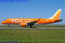 Chofu Spotter Ariaさんが、新潟空港で撮影したフジドリームエアラインズ ERJ-170-200 (ERJ-175STD)の航空フォト(飛行機 写真・画像)