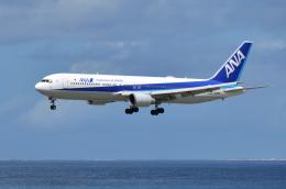 EC5Wさんが、那覇空港で撮影した全日空 767-381/ERの航空フォト(飛行機 写真・画像)