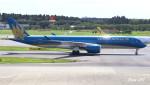 RINA-281さんが、成田国際空港で撮影したベトナム航空 A350-941XWBの航空フォト(写真)