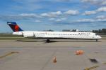 まくろすさんが、バッファロー・ナイアガラ国際空港で撮影したデルタ航空 MD-90-30の航空フォト(写真)