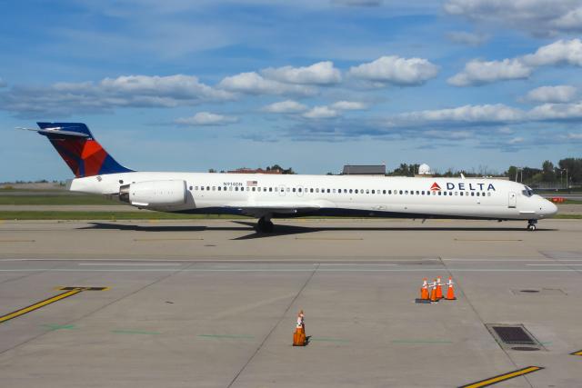 バッファロー・ナイアガラ国際空港 - Buffalo Niagara International Airport [BUF/KBUF]で撮影されたバッファロー・ナイアガラ国際空港 - Buffalo Niagara International Airport [BUF/KBUF]の航空機写真(フォト・画像)