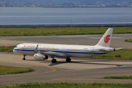 T.Sazenさんが、関西国際空港で撮影した中国国際航空 A321-232の航空フォト(飛行機 写真・画像)