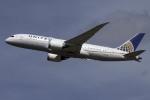 planetさんが、ロンドン・ヒースロー空港で撮影したユナイテッド航空 787-8 Dreamlinerの航空フォト(飛行機 写真・画像)