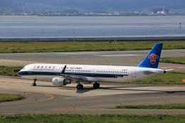 T.Sazenさんが、関西国際空港で撮影した中国南方航空 A321-211の航空フォト(飛行機 写真・画像)