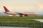 OMAさんが、岩国空港で撮影したオムニエアインターナショナル 777-2U8/ERの航空フォト(写真)