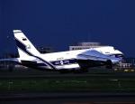 K.Sさんが、新千歳空港で撮影したヴォルガ・ドニエプル航空 An-124-100 Ruslanの航空フォト(飛行機 写真・画像)