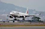 Dojalanaさんが、函館空港で撮影したジェイ・エア ERJ-190-100(ERJ-190STD)の航空フォト(飛行機 写真・画像)