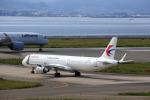 T.Sazenさんが、関西国際空港で撮影した中国東方航空 A321-211の航空フォト(飛行機 写真・画像)